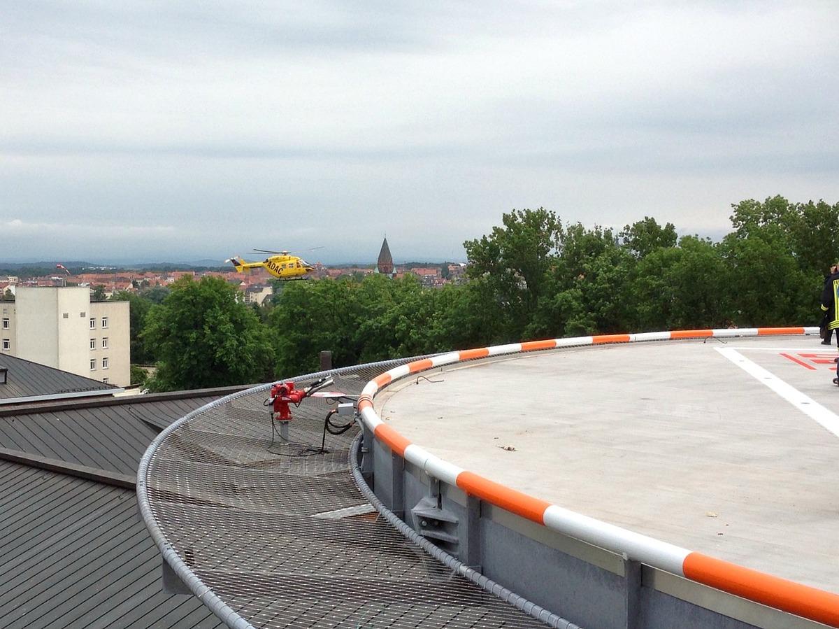 Inbedrijfname helidecksysteem ziekenhuis Görlitz